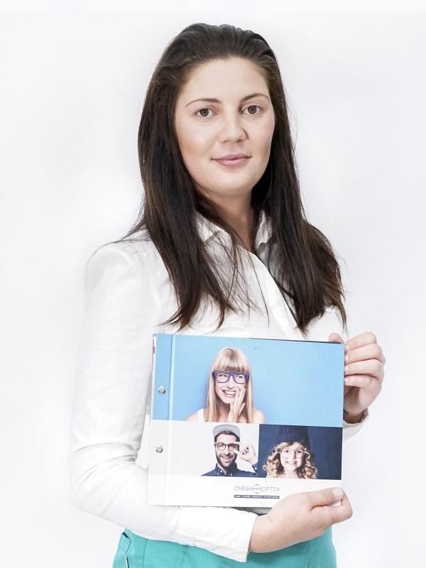 Alexandra Vezeteu, optometrist