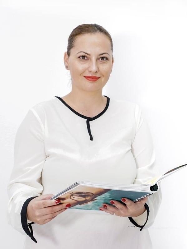Bianca Sabo, Specialist optică medicală